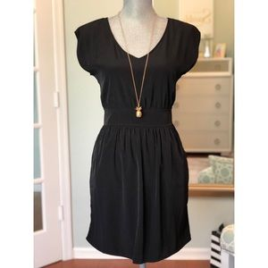 Dresses & Skirts - NWT Little black dress!
